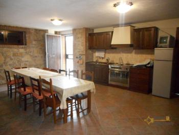Beautiful villa completely made of stone for sale. Molise. Img26