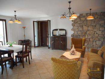 Beautiful villa completely made of stone for sale. Molise. Img19