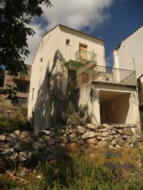 House with garden and terrace in Tornareccio, Abruzzo. Img1