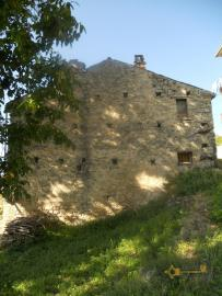 Traditional stone house with garden in needs of renovation. Italy | Abruzzo | Tornareccio . € 15.000 Ref.: TO1251 photo 1