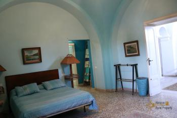 Historic palazzo at 30 meters from the sea. Fossacesia. Img36