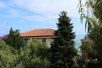 Historic palazzo at 30 meters from the sea. Fossacesia. Img52