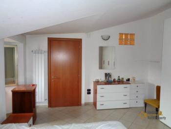 Renovated town house ready to live in. San Buono, Abruzzo. Img4