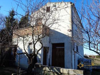 Detached house with land and panoramic sea view in Molise. Img1