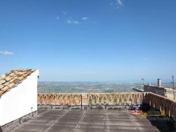 Two bedrooms town house with panoramic terrace for sale.