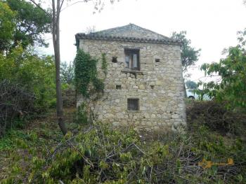 Stone house to restore with land in Palmoli, Abruzzo. Img7
