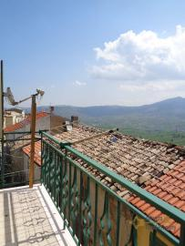Character stone house completely restored for sale. Abruzzo. Img21