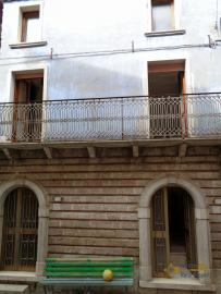 Traditonal stone house with panoramic terrace in Molise. Img3