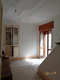 Traditonal stone house with panoramic terrace in Molise. Img16