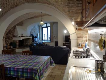 Character house for sale in the historical center of Vasto. Img13
