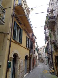 Character house for sale in the historical center of Vasto. Img39
