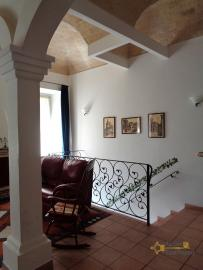 Character house for sale in the historical center of Vasto. Img5