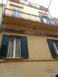 Character house for sale in the historical center of Vasto. Img38