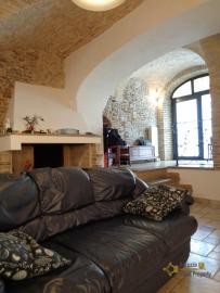 Character house for sale in the historical center of Vasto. Img18