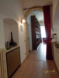 Character house for sale in the historical center of Vasto. Img29