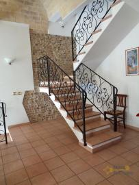 Character house for sale in the historical center of Vasto. Img4