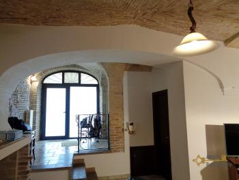 Character house for sale in the historical center of Vasto. Img31