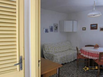 Traditional town house with a separate annex. Casalanguida. Img23