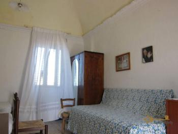 Traditional town house with a separate annex. Casalanguida. Img10