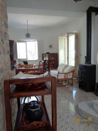 Charming private country house with 18000 sqm of land. Abruzzo. Img23