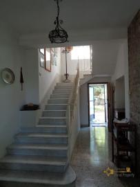 Charming private country house with 18000 sqm of land. Abruzzo. Img18