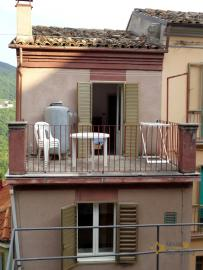 Habitable townhouse with stunning mountain view. Colledimezzo. Img1