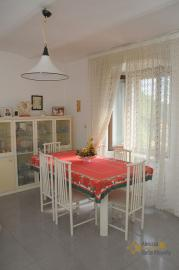 Spacious stone house of 180 sqm with outdoor space. Molise. Img14