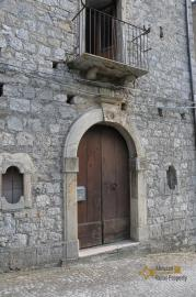 Spacious stone house of 180 sqm with outdoor space. Molise. Img5