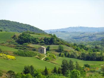 Character stone country house beautifully restored in Abruzzo.