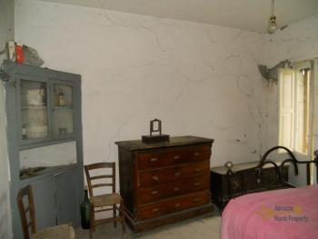 Country house to restore. Palmoli. Abruzzo. Img6