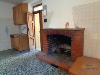 Two bedrooms stone house with cellar and garage. Abruzzo. Img3