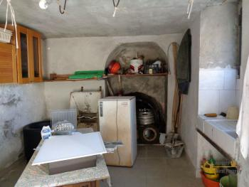 Two bedrooms stone house with cellar and garage. Abruzzo. Img16