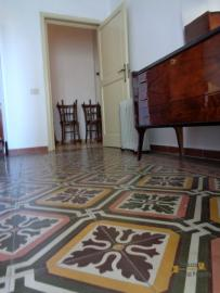 Large townhouse with garden and terrace for sale in Abruzzo. Img8