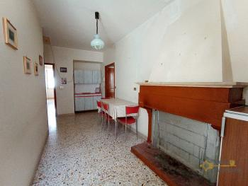 Inexpensive town house with cellar in the unspoilt Molise. Img14