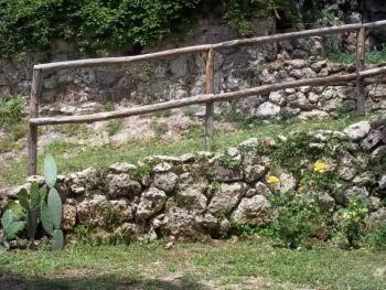 Characteristic self catering flat with garden. Rocchetta al Volturno. photo 9