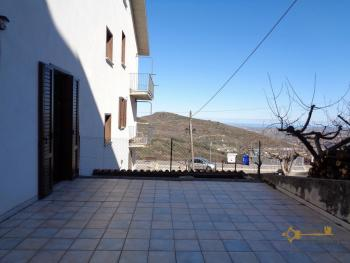 Seaview five bedroom detached house with 400 sqm of garden. Img20